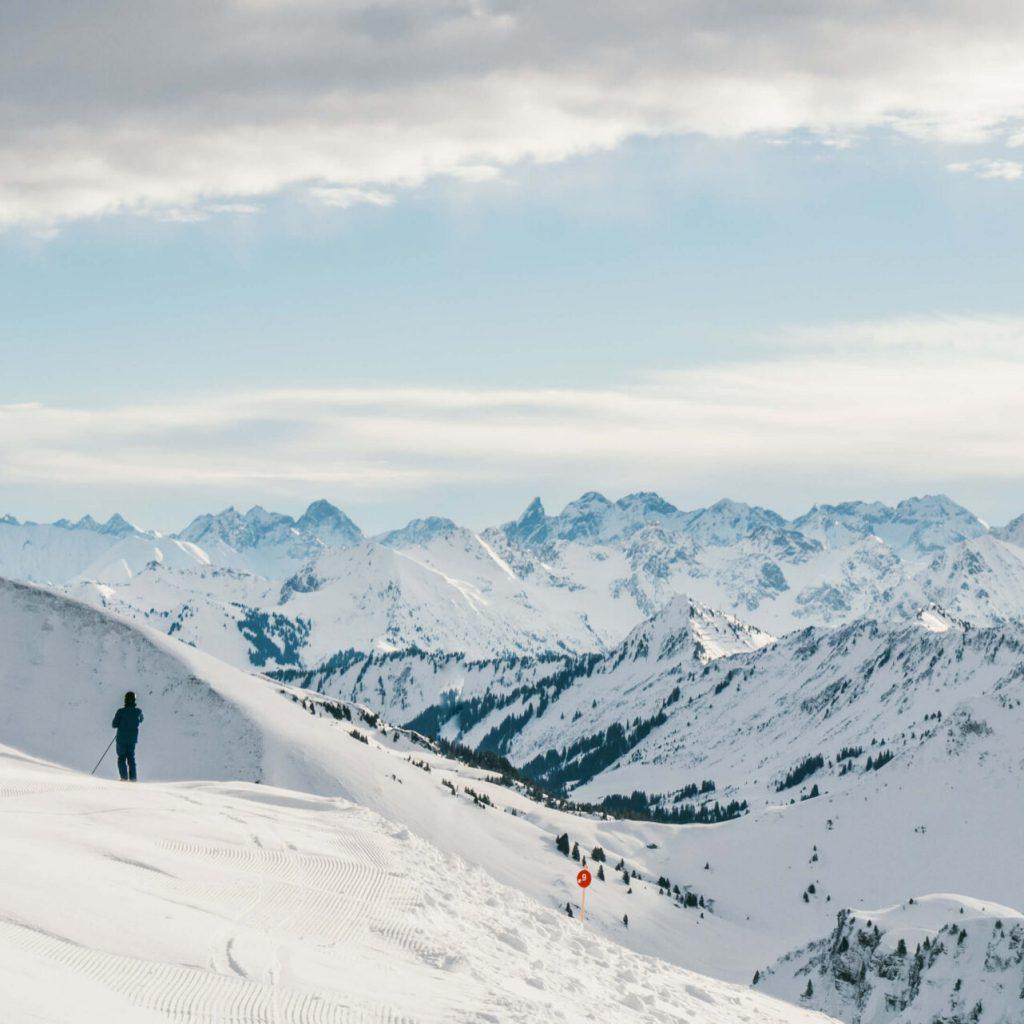 vorarlberg diedamskopf bregenzerwald skigebiet ski-fahren berge schnee winter gipfel