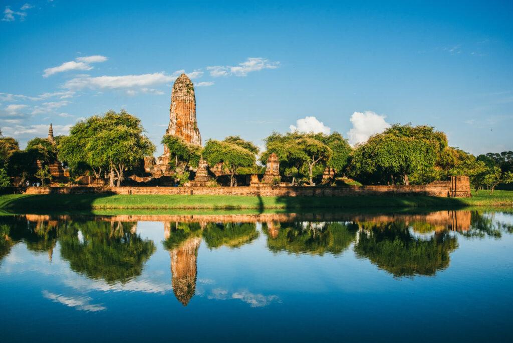 thailand ayutthaya bangkok day-trip temple water