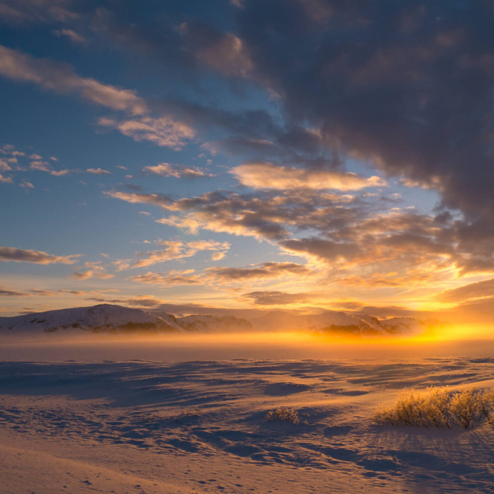 iceland golden-circle snow sun sunset clouds
