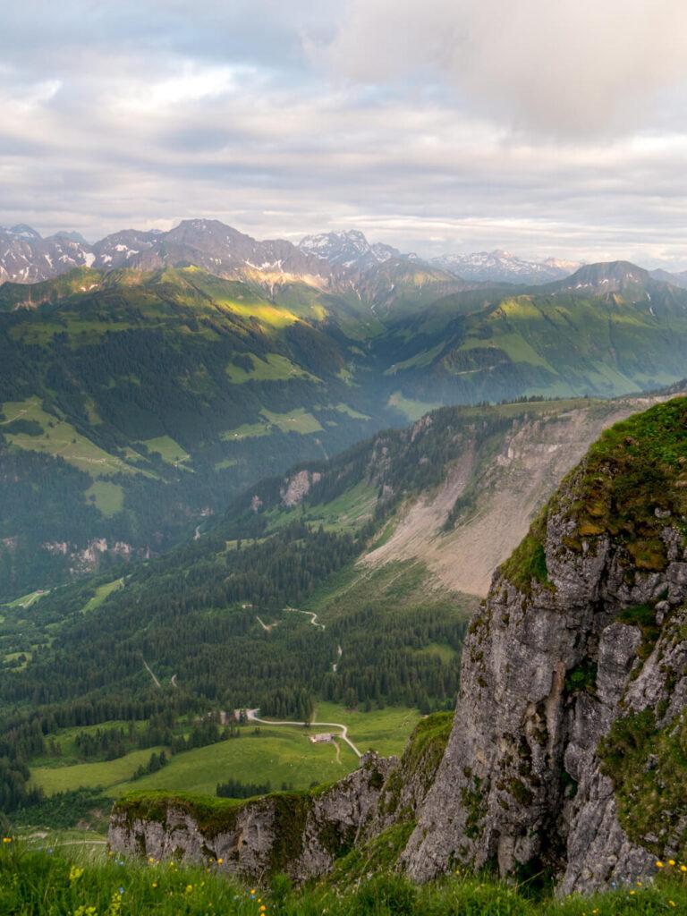 vorarlberg bregenzerwald sonne schnee wandern berg kanisfluh