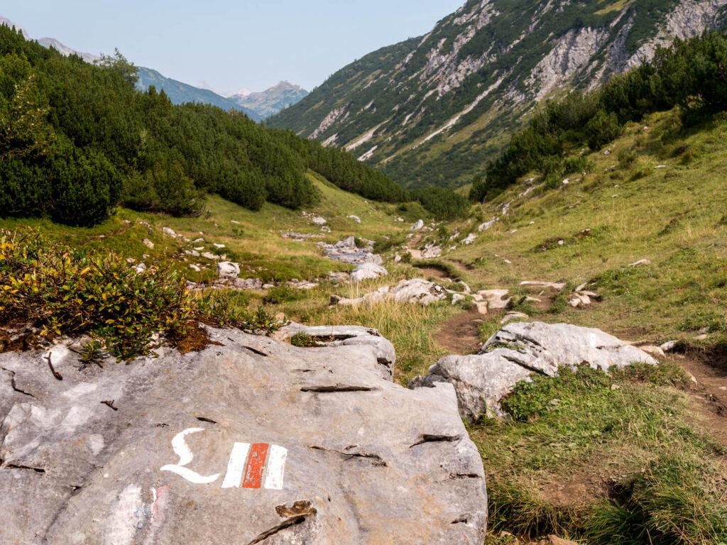 vorarlberg lech zuers lechweg first-stage hiking mountain valley