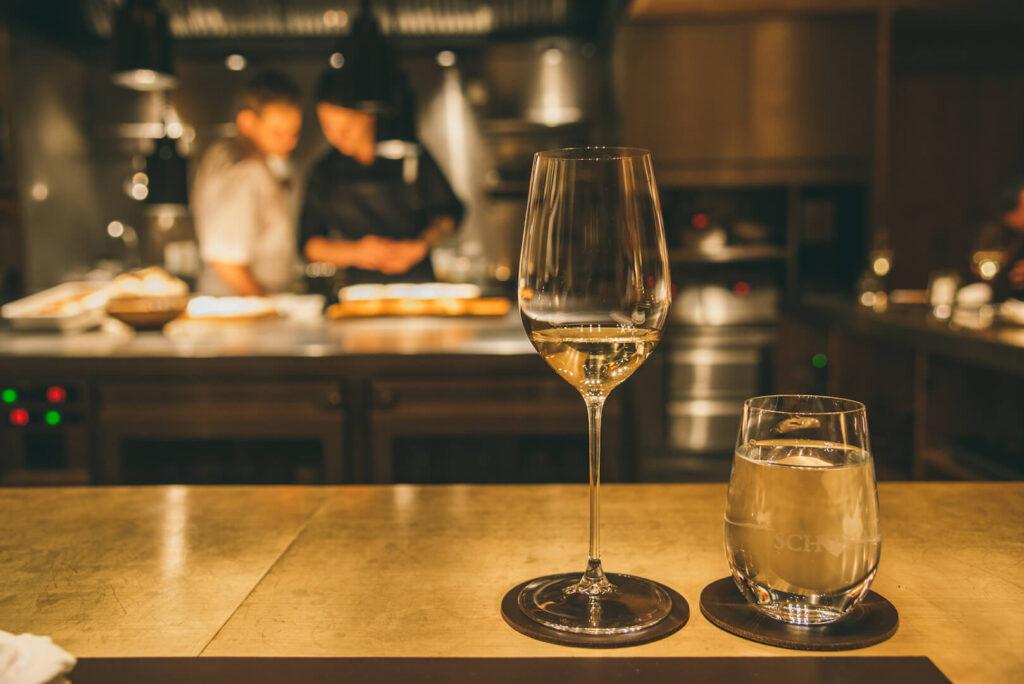 vorarlberg lech zuers lechweg rote-wand chefs-table restaurant hotel wine