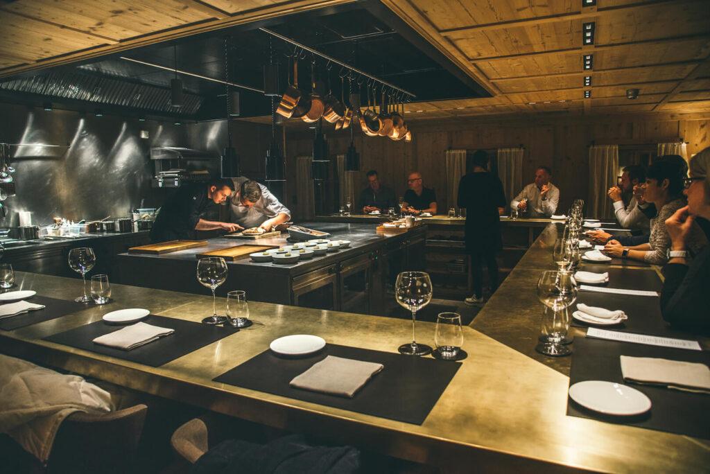 vorarlberg lech zürs lechweg erste-etappe rote-wand chefs-table hotel restaurant
