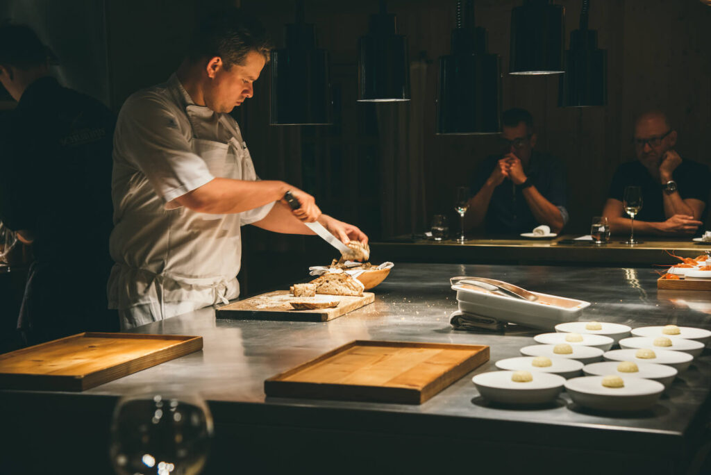 vorarlberg lech zürs lechweg erste-etappe rote-wand chefs-table hotel koch restaurant