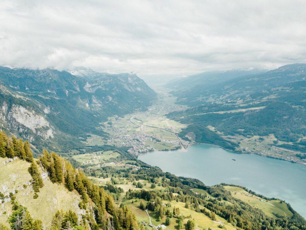 switzerland heidiland walensee walenstadt mountain lake