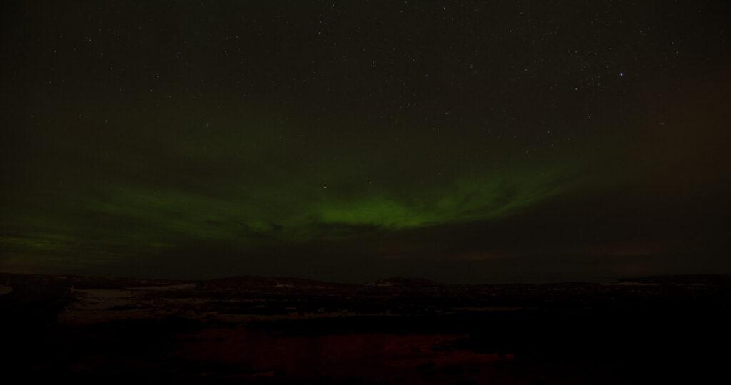 nordlichter grün dunkel nacht island