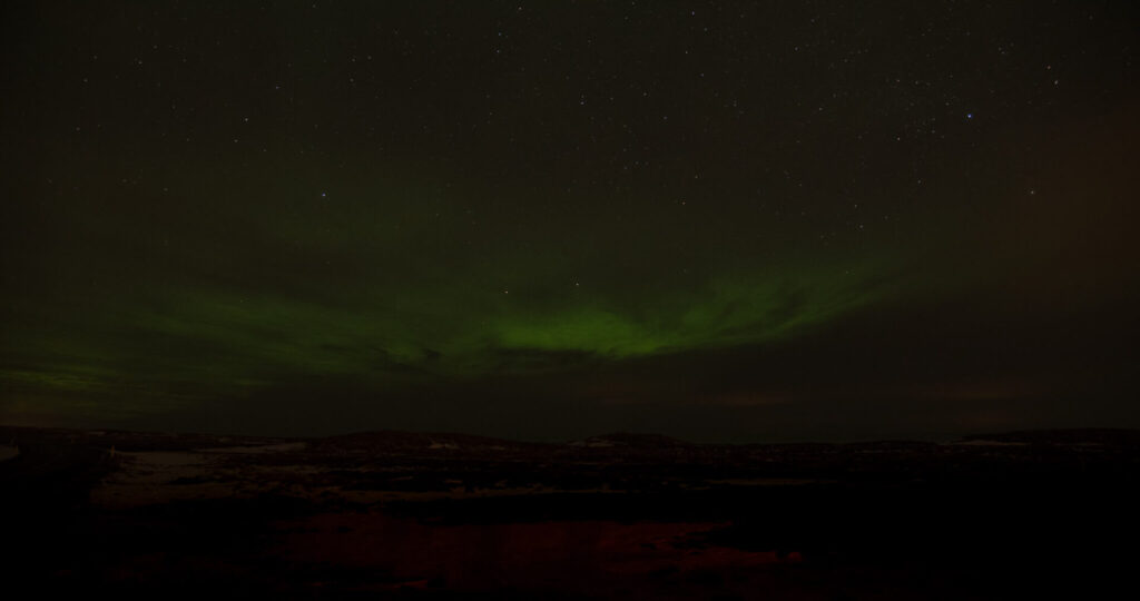 iceland northern-lights night dark green