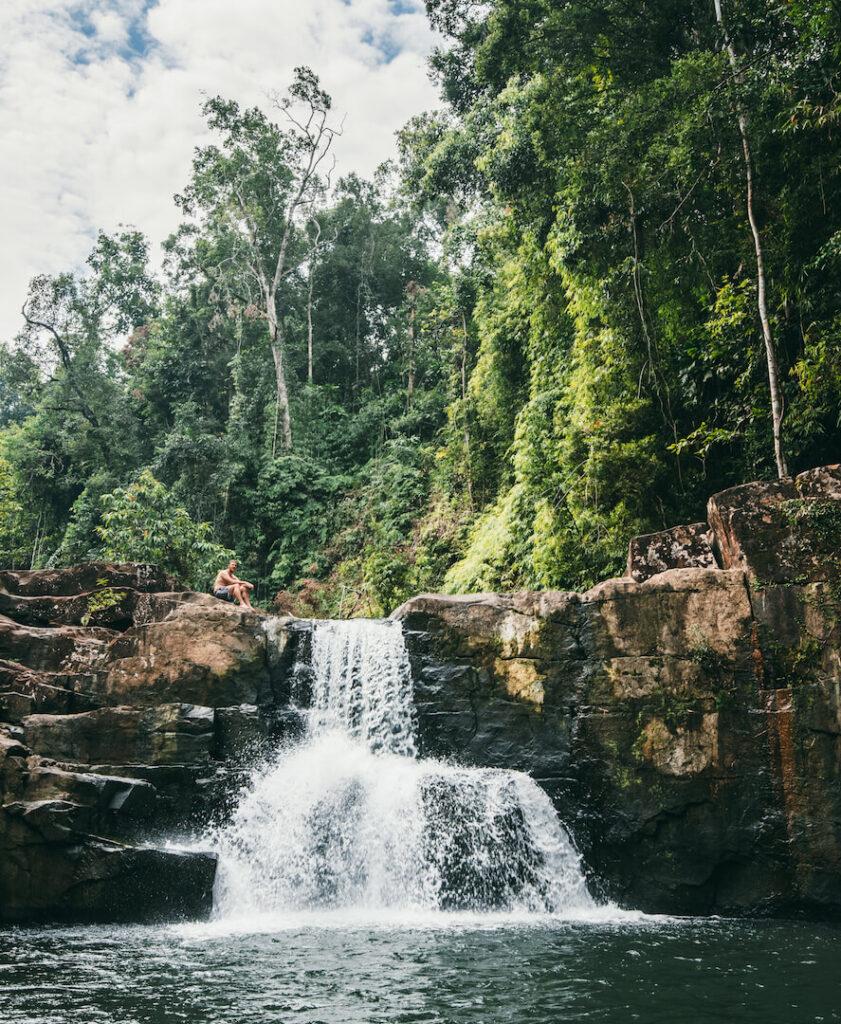 thailand koh-kood nam-tok-klong-yai-kee waterfall jungle water man