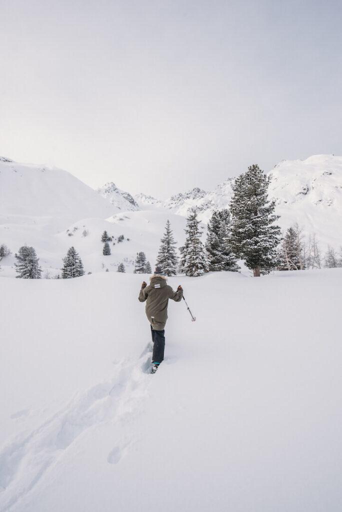 vorarlberg montafon silvretta silvrettasee snowshoeing winter hiking child