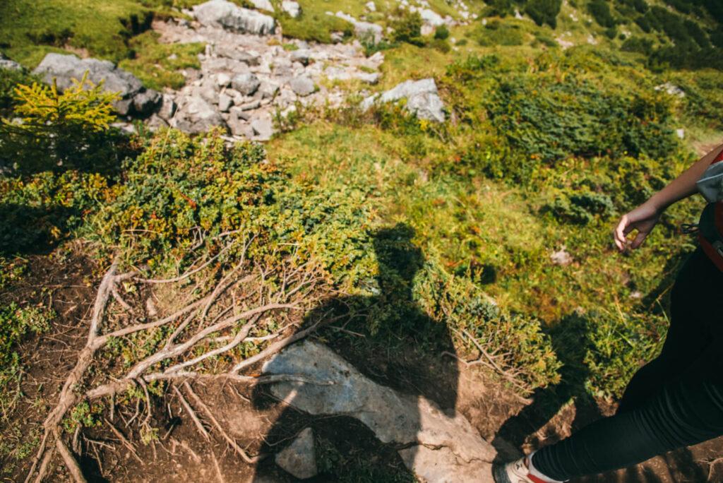 vorarlberg lech zuers lechweg hiking woman shadow