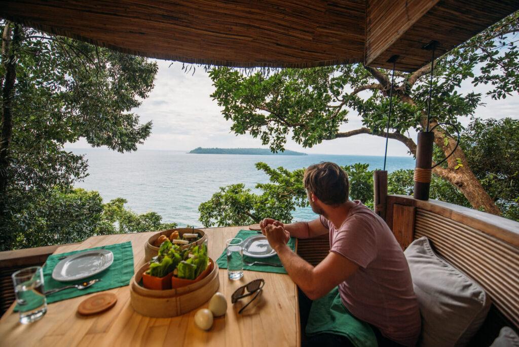 thailand koh-kood soneva-kiri man sea hotel island water