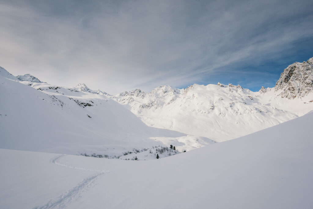 vorarlberg montafon silvretta silvrettasee snowshoeing winter hiking snow mountains