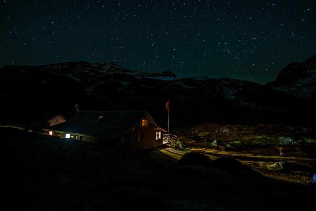 switzerland heidiland autumn fall hiking murgsee murgseehütte mountain night stars