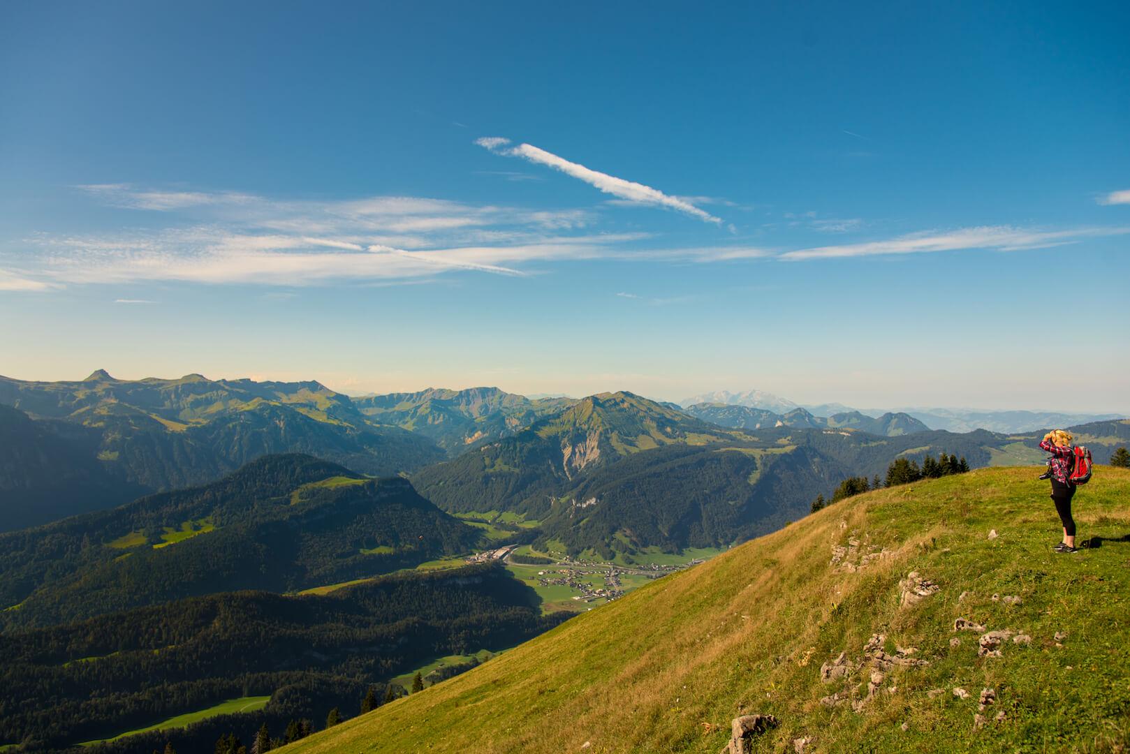 Bregenzerwald vorarlberg berge frau bezau wandern