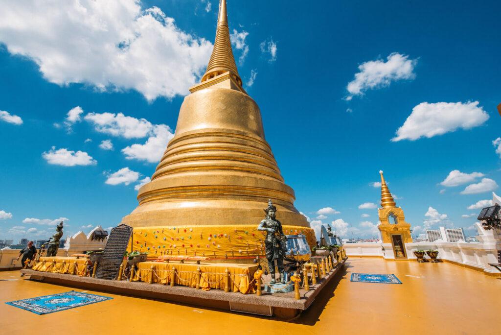 thailand bangkok tempel himmel wolken gold