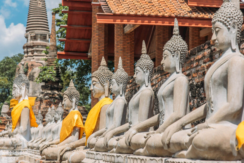 thailand ayutthaya bangkok day-trip temple god yellow