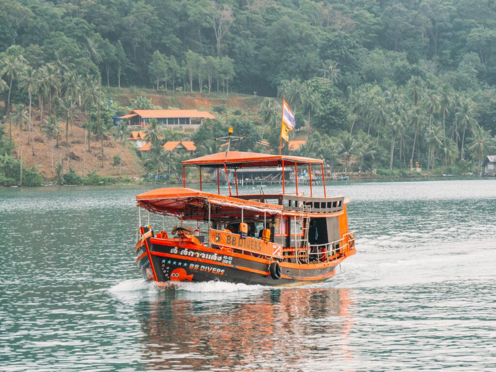 thailand koh-chang insel meer tauchen schnorcheln bb-divers boot