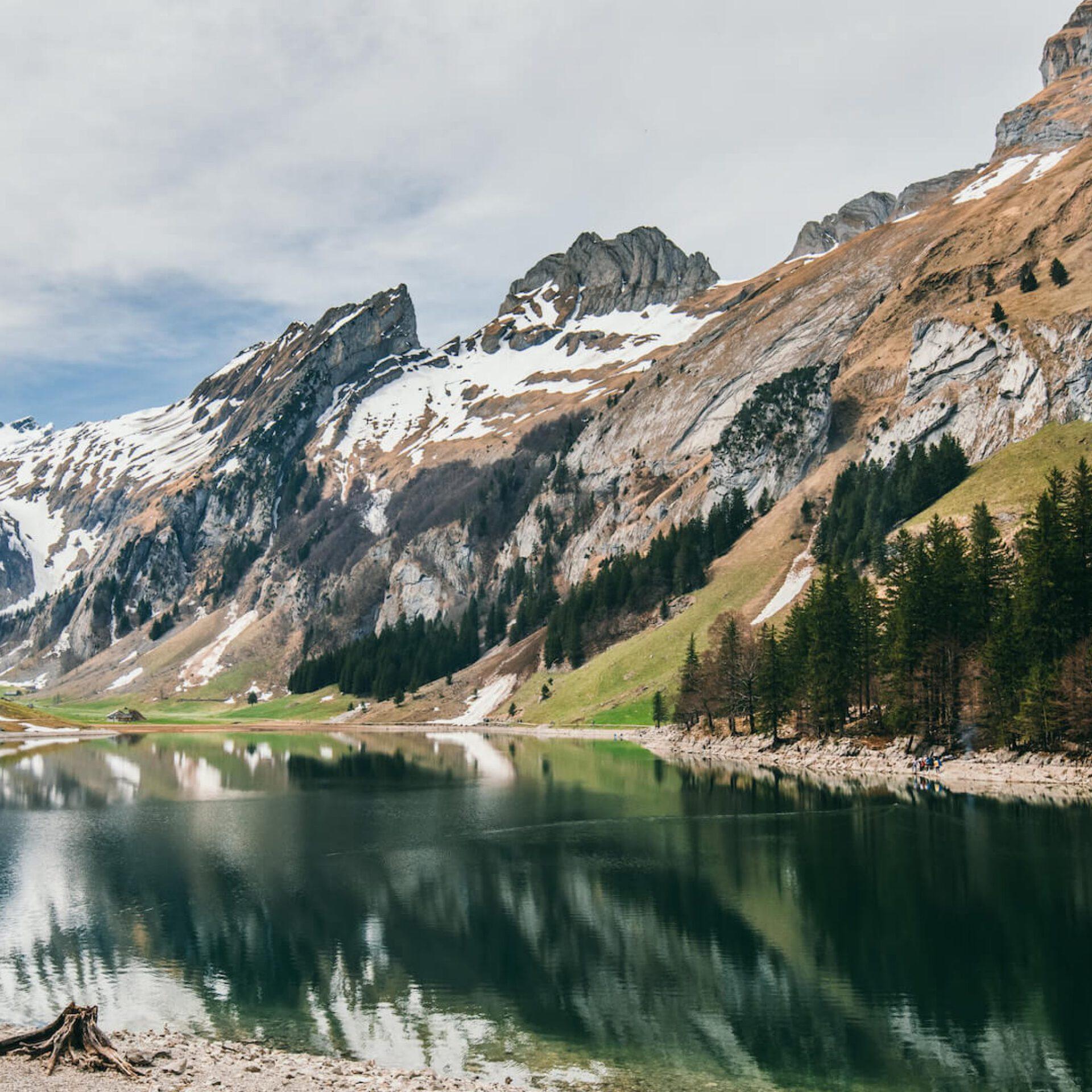 switzerland appenzeller-land seealpsee hiking snow mountain lake