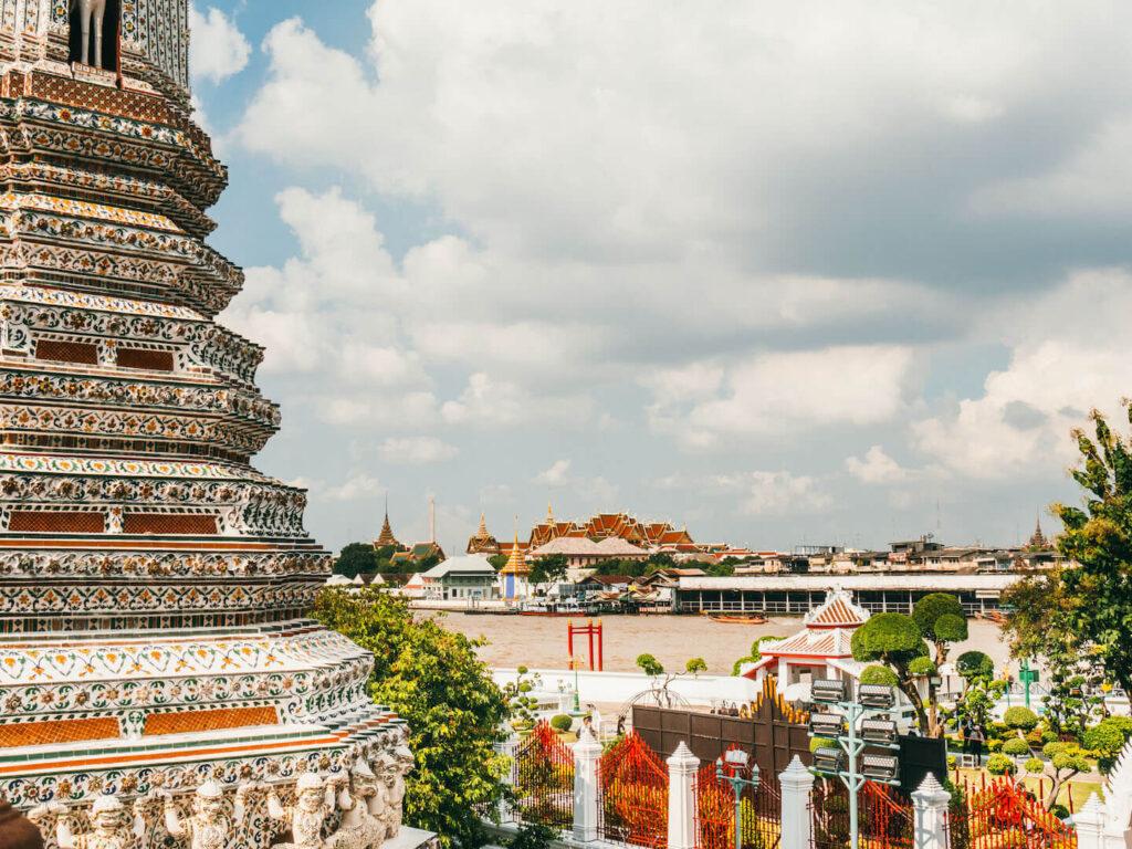 thailand taling-chan schwimmender-markt bangkok fluss wat-arum tempel
