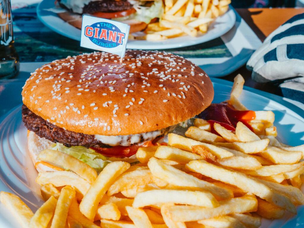 vorarlberg damüls-mellau damüls mellau skiing winter hut mountain break burger