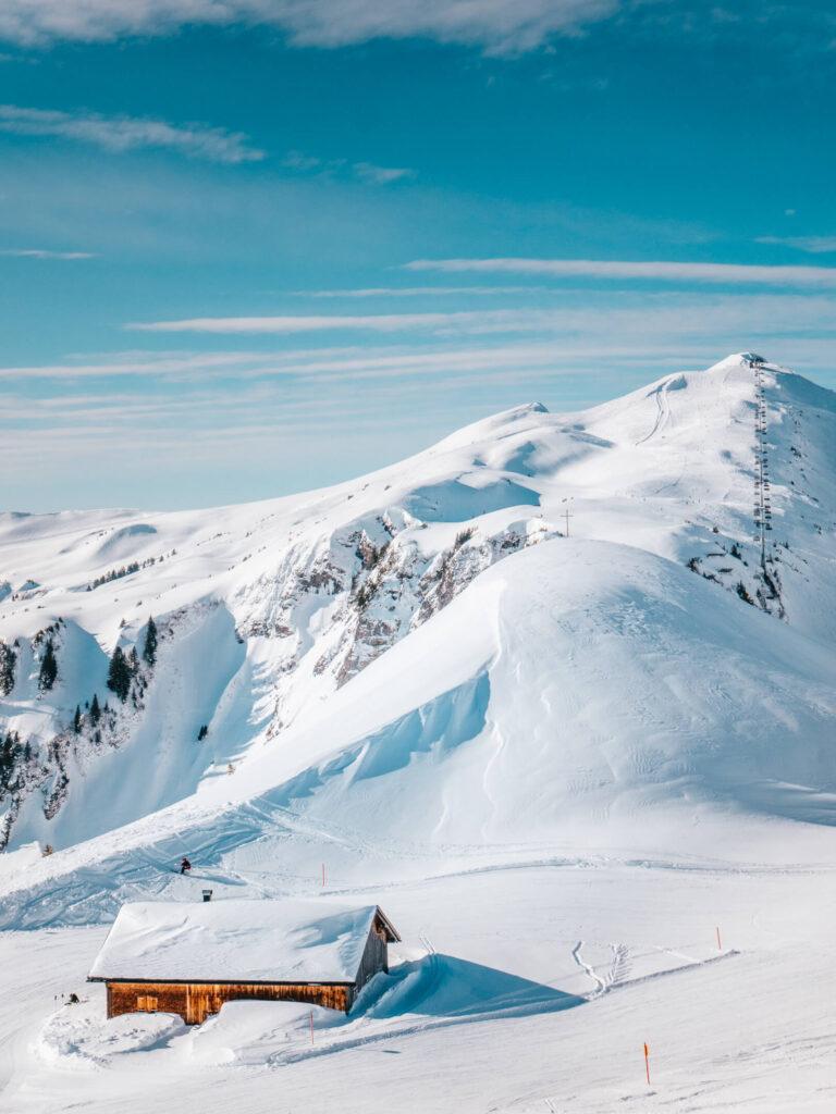 vorarlberg damüls-mellau damüls mellau skiing winter hut mountain break break burger