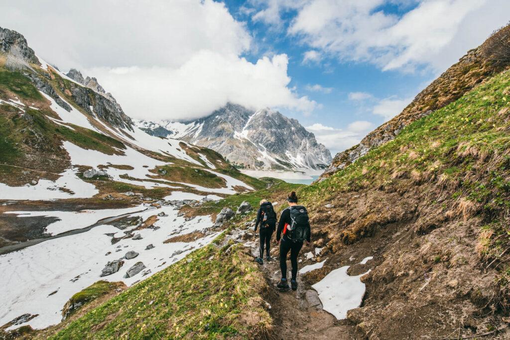 vorarlberg wandern brandnertal montafon wolken frau berge rätikon lünersee