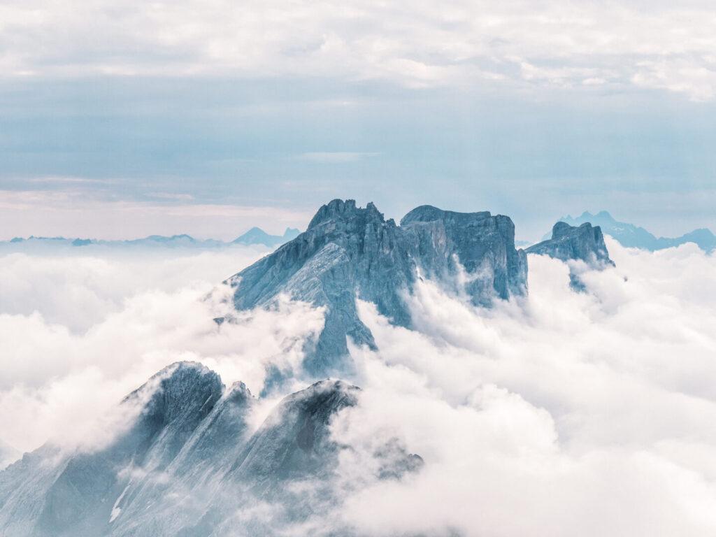 vorarlberg lünersee hiking rätikon clouds lake mountain