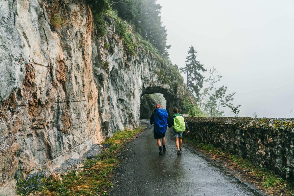 heidiland flumserberg spitzmeilenhütte wandern wolken