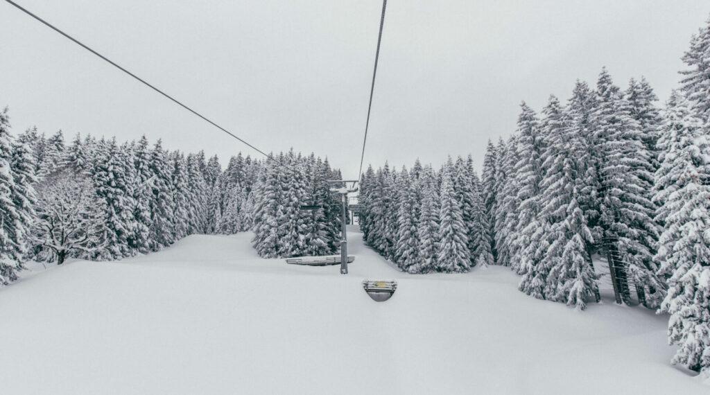 vorarlberg laterns skiing laternsertal snow trees lift