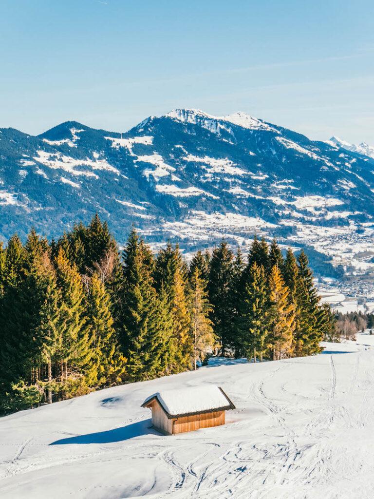 vorarlberg rheintal frastanz ski-fahren winter schnee berge himmel hütte