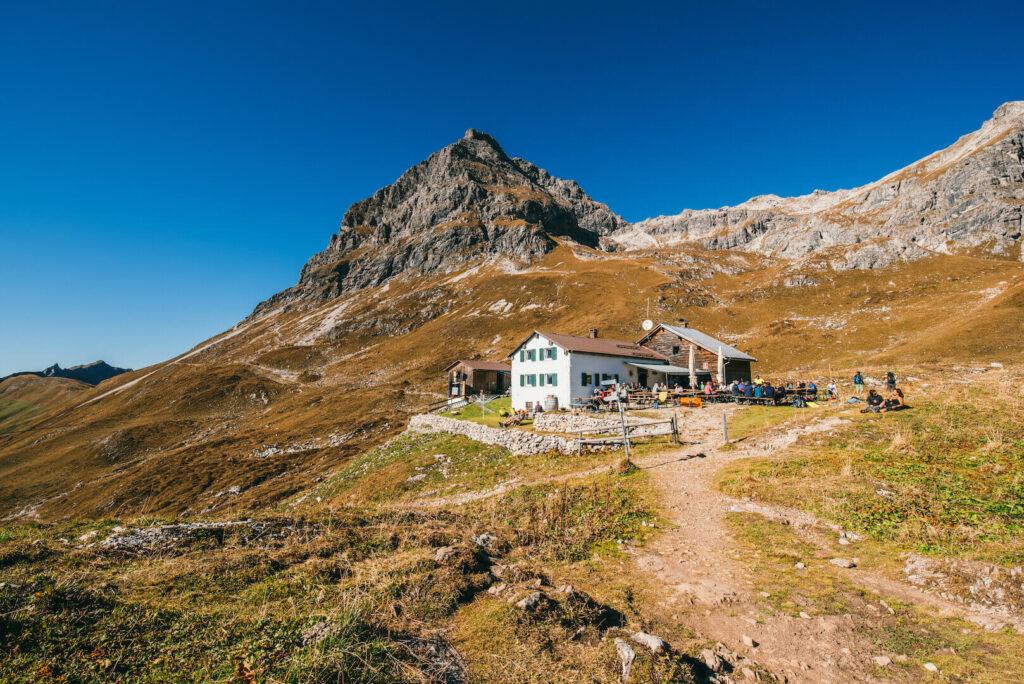 vorarlberg kleinwalsertal wandern widdersteinhütte hütte berge