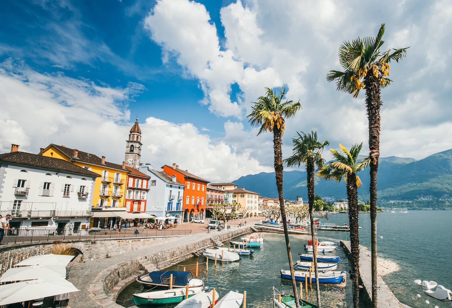 schweiz tessin ascona lago-maggiore see haus palme kirche