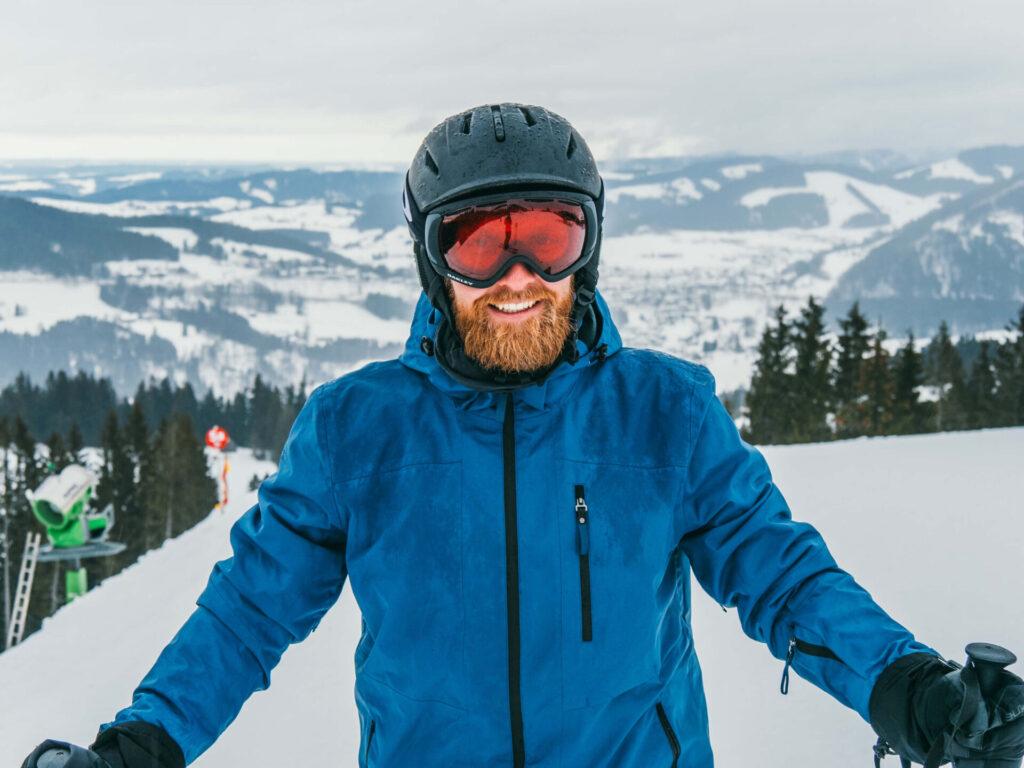 allgäu bayern steibis imbergbahn oberstaufen skigebiet ski-fahren winter schnee mann