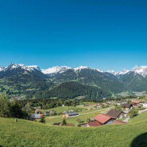 vorarlberg montafon bartholomäberg hiking bees schruns spring lawn panorama