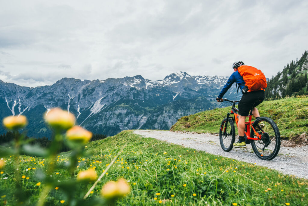 vorarlberg montafon itonskopf mountainbike single-trail berge blume mann