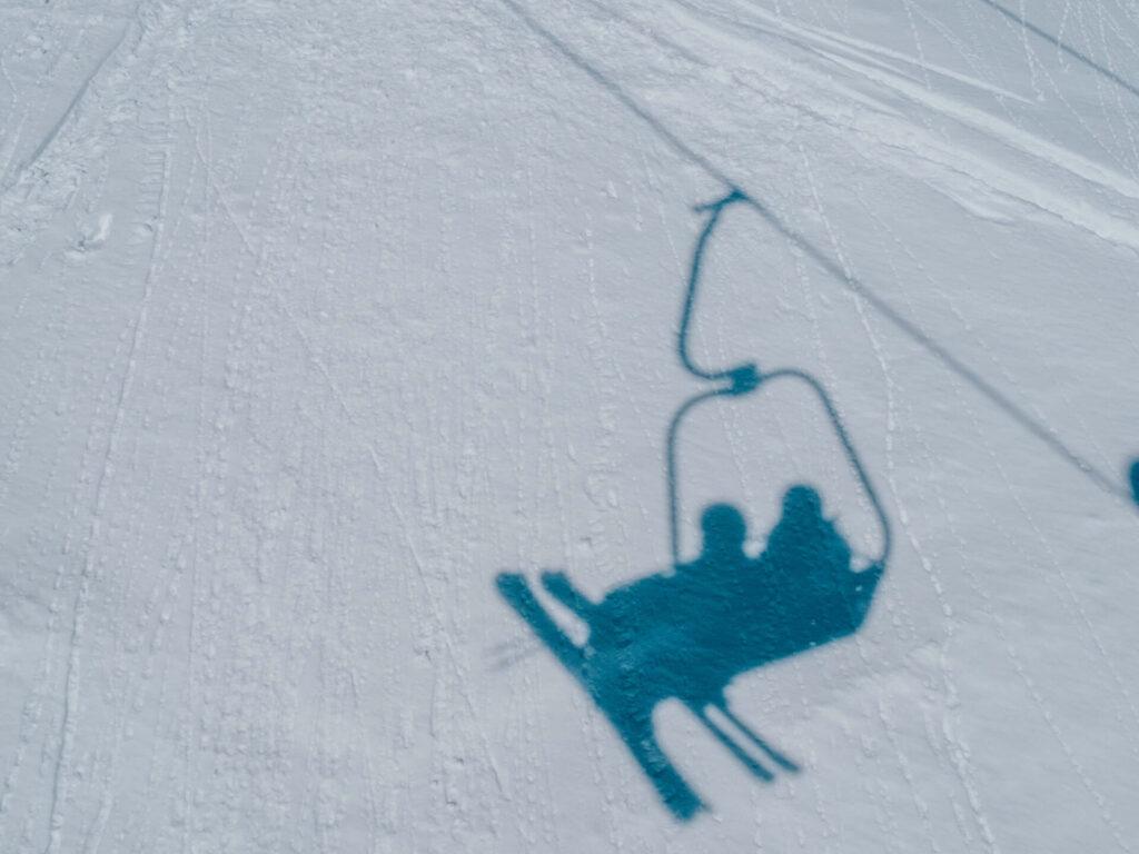 vorarlberg damüls-mellau damüls mellau skiing winter lift shadow