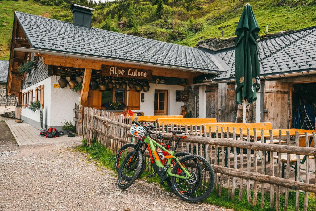 vorarlberg montafon itonskopf mountainbike single-trail berge alpe-latons alpe