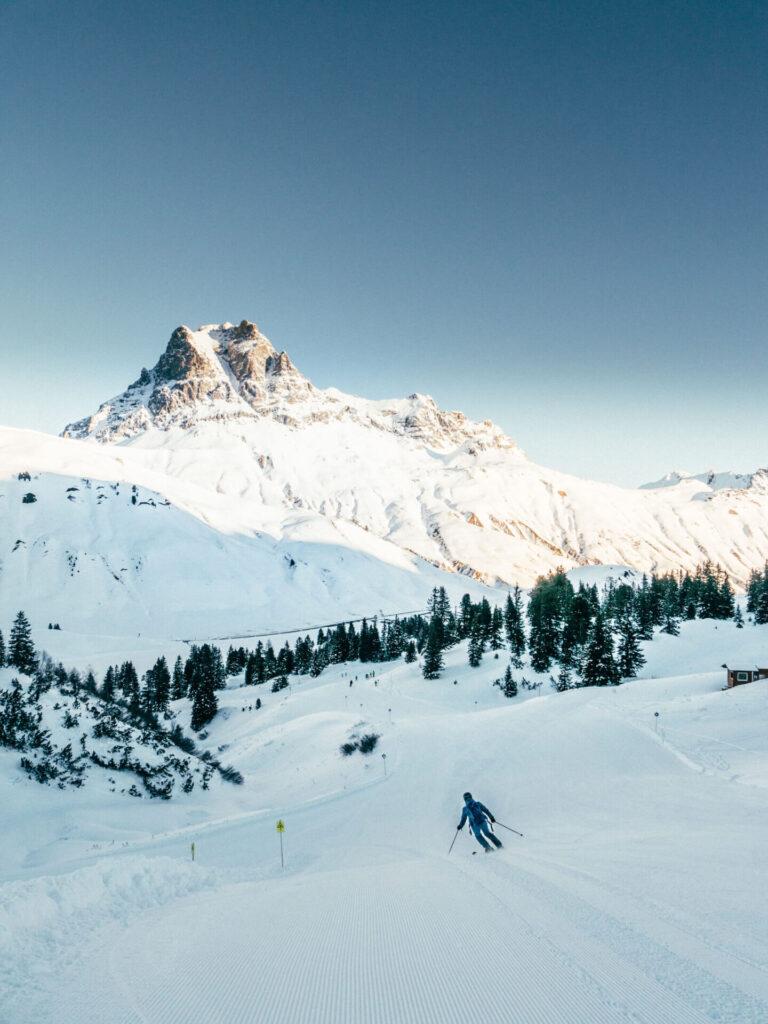 vorarlberg warth-schröcken warth schröcken ski-arlberg skiing snow winter man