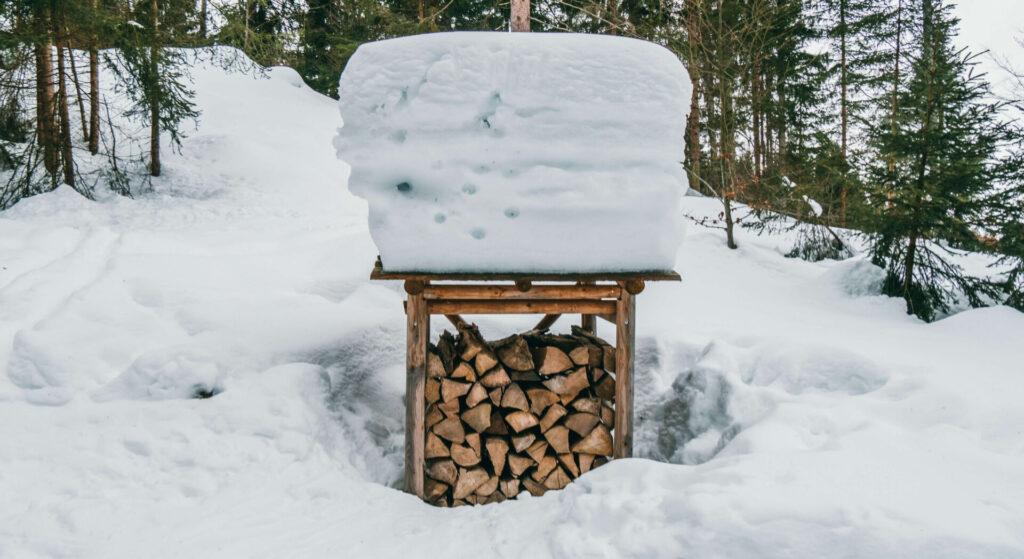 allgäu bayern oberstaufen huendlebahn skigebiet ski-fahren winter schnee berge holz