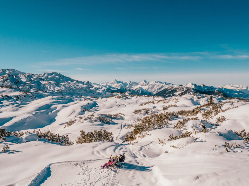 vorarlberg sonnenkopf arlberg klostertal ski-fahren berge muttjöchle winter restaurant