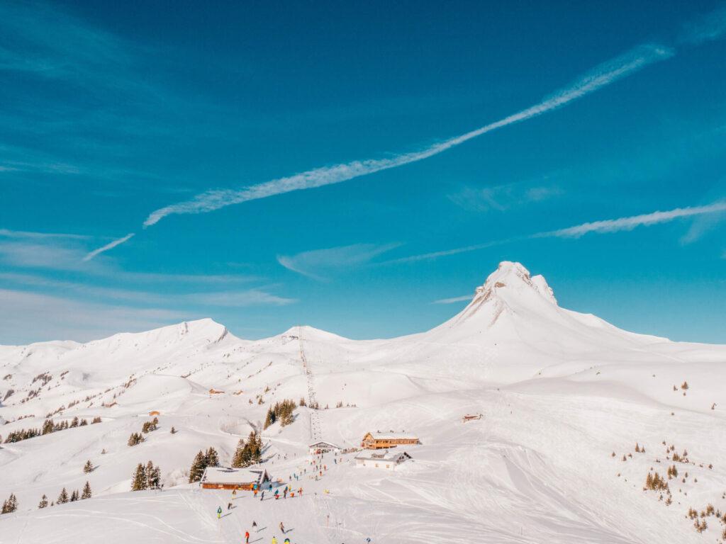 vorarlberg damüls-mellau damüls mellau skiing winter hut mountain damülser-mittagsspitze