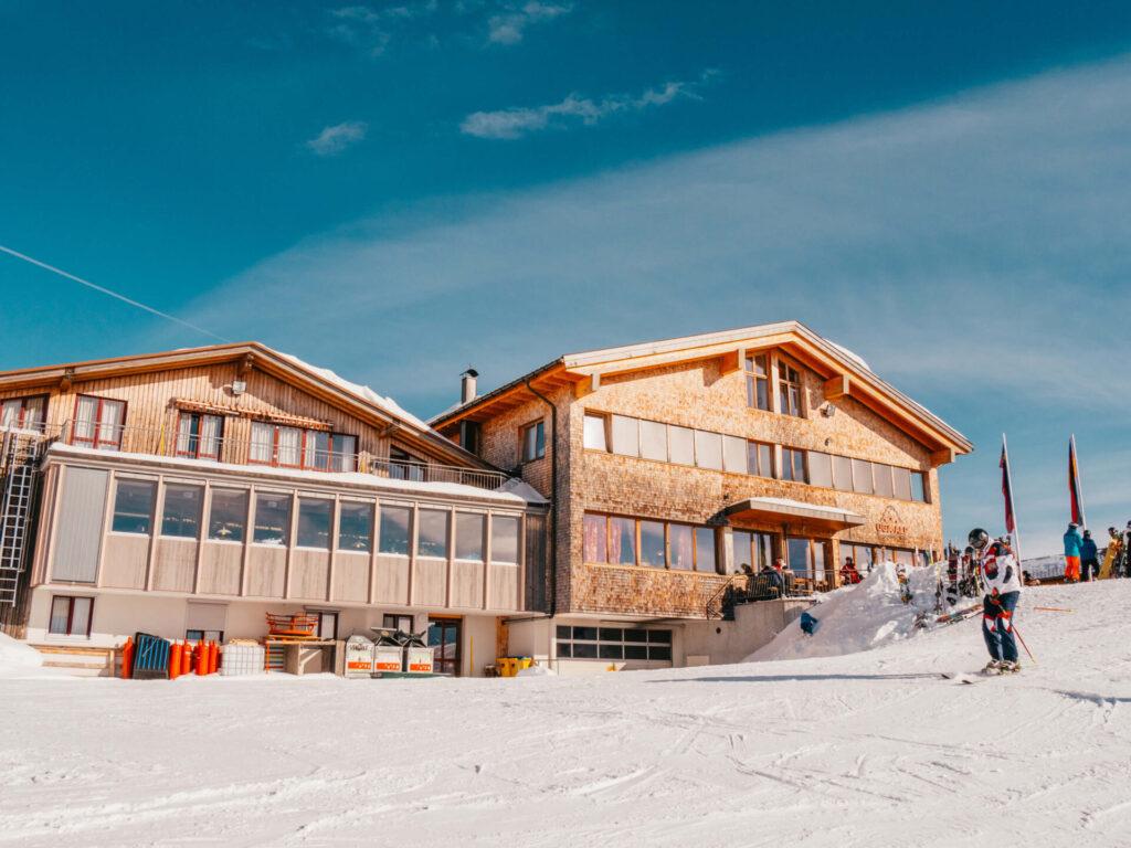 vorarlberg damüls-mellau damüls mellau skiing winter hut mountain break